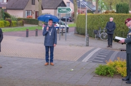Sobere dodenherdenking in Milsbeek