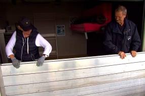 Hoogwater bedreigt vakantiehuisjes aan de Maas: 'Dit is niet grappig meer'