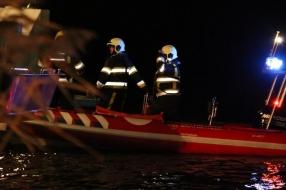 Moeder verdronken in Maas bij Vierlingsbeek, vader en zoon op tijd uit auto