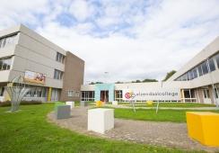 Foto's van Elzendaal College Boxmeer